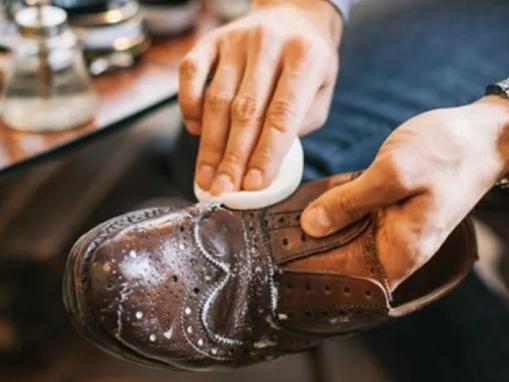 выведение реагентов из обуви